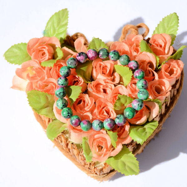 Bracelet en Zoisite rubis.